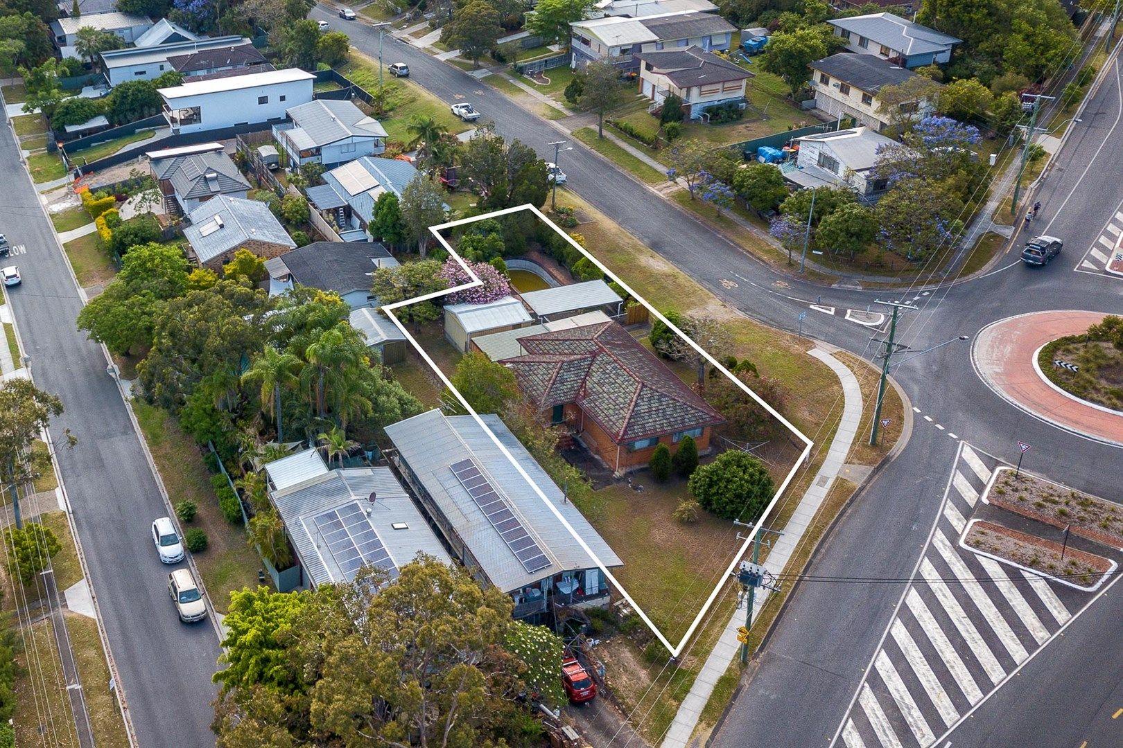 4 Carlyle Street (AKA 449 Seventeen Mile Rocks Rd), Seventeen Mile Rocks QLD 4073, Image 0