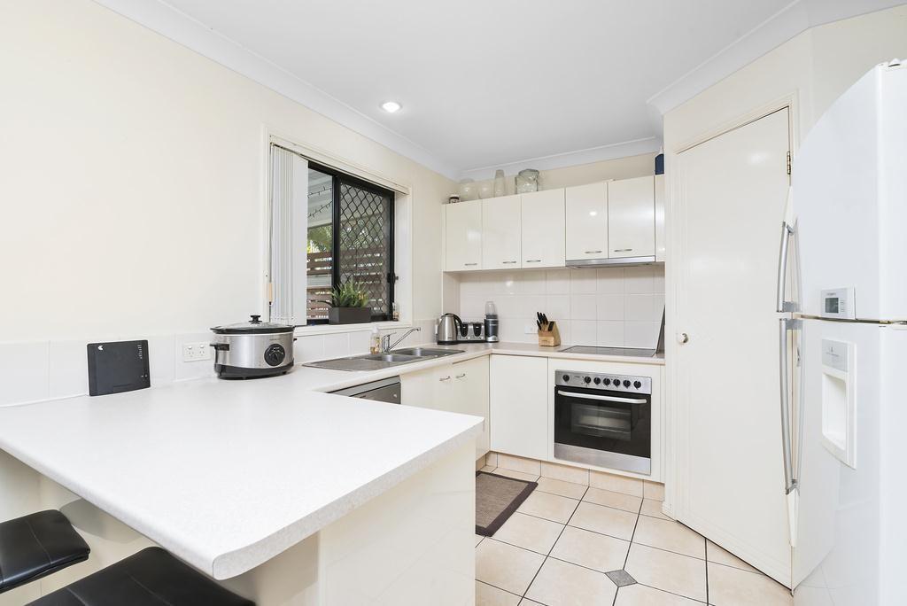 89 Casuarina Drive, Elanora QLD 4221, Image 1