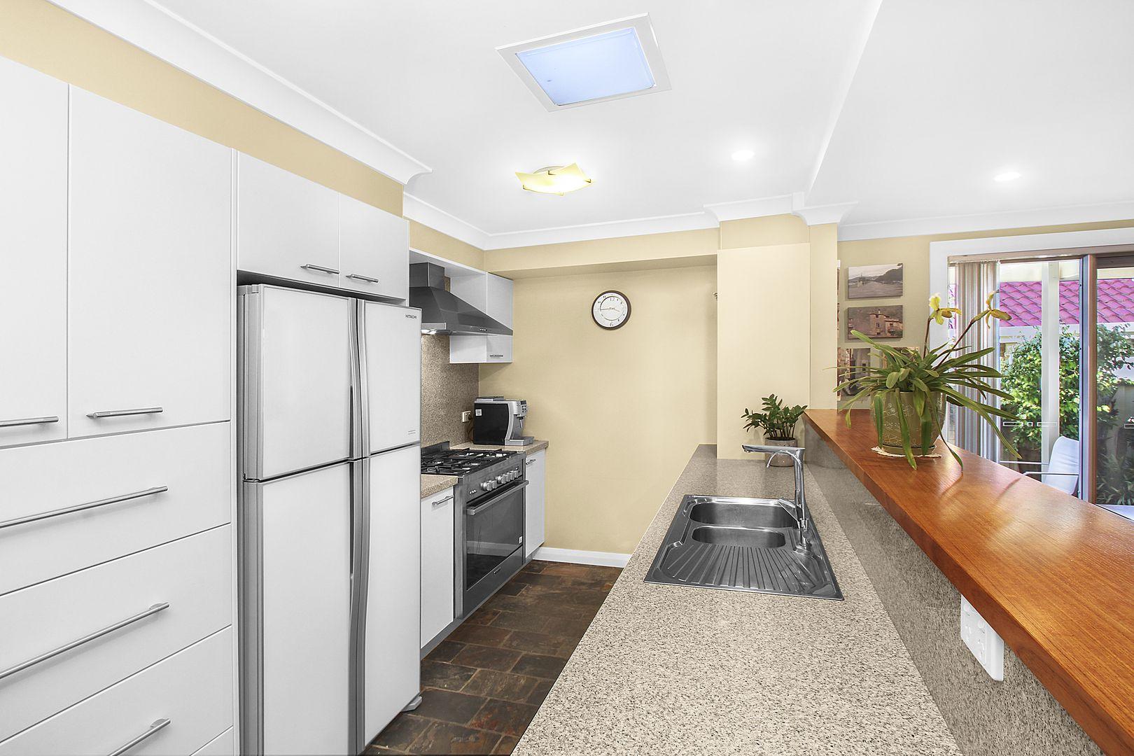 50 Tuncurry Street, Bossley Park NSW 2176, Image 2