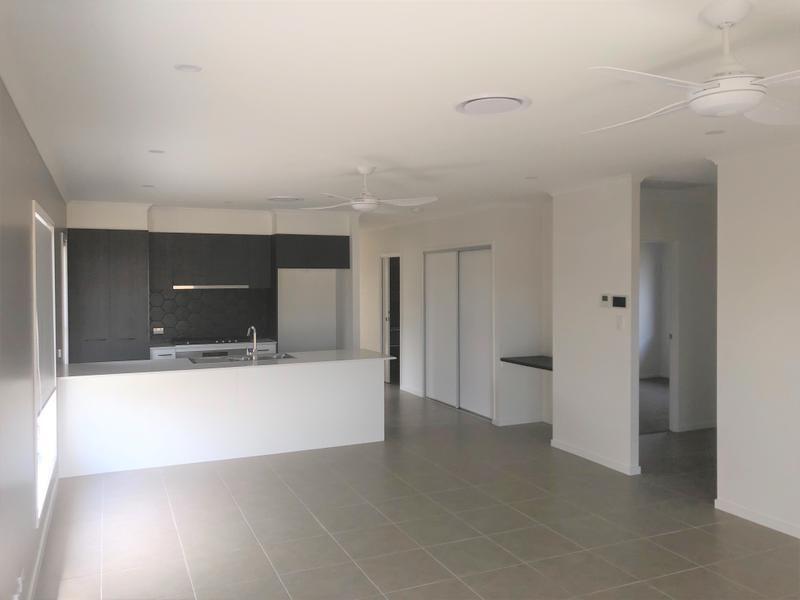 32 Sandpiper Street, Nudgee QLD 4014, Image 2