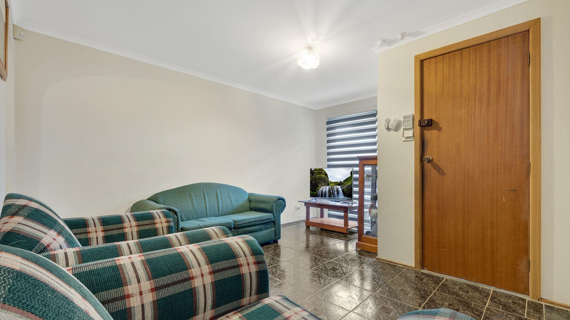 23 cordelia, Rosemeadow NSW 2560, Image 2