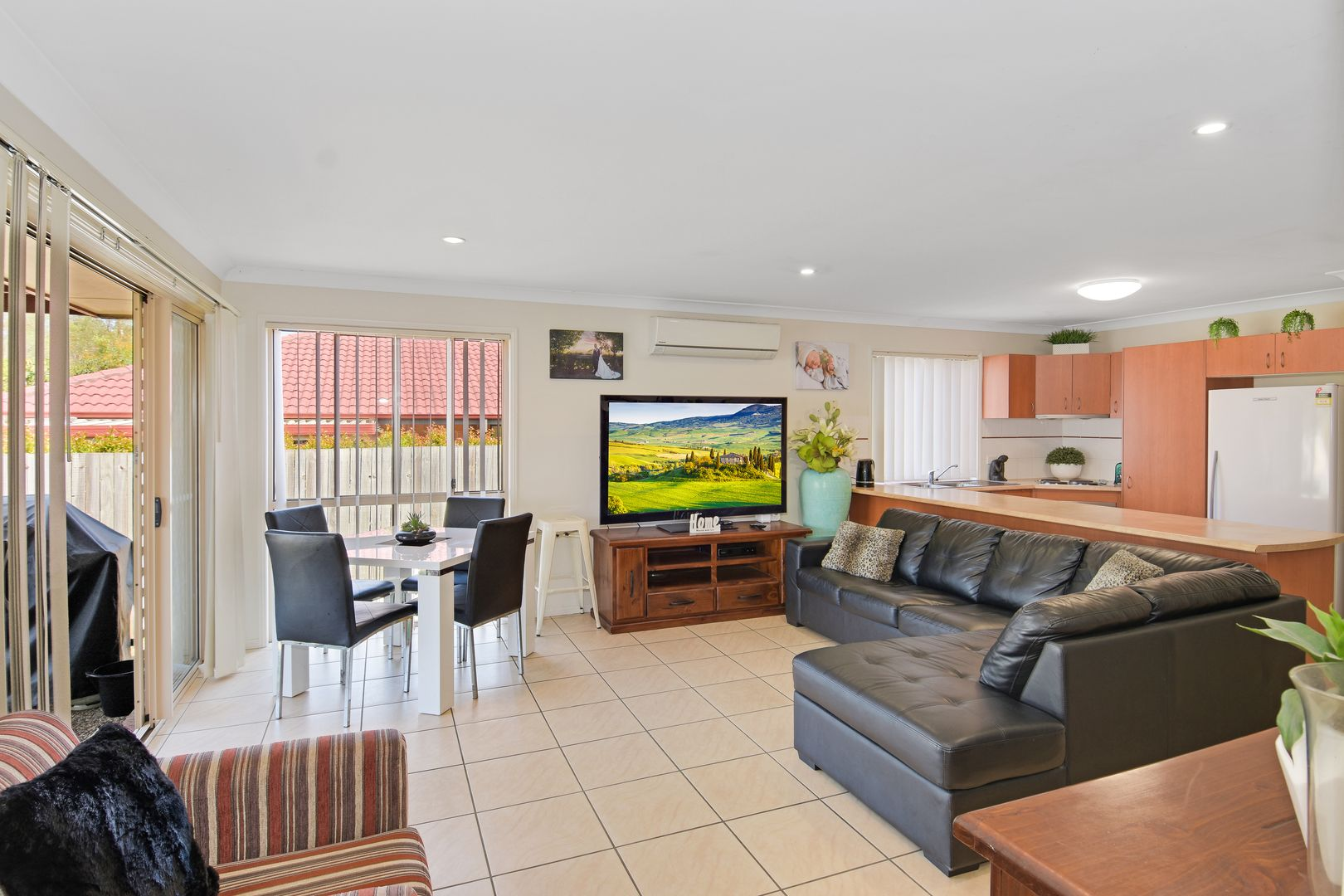 29 Lamberth Road East, Heritage Park QLD 4118, Image 1