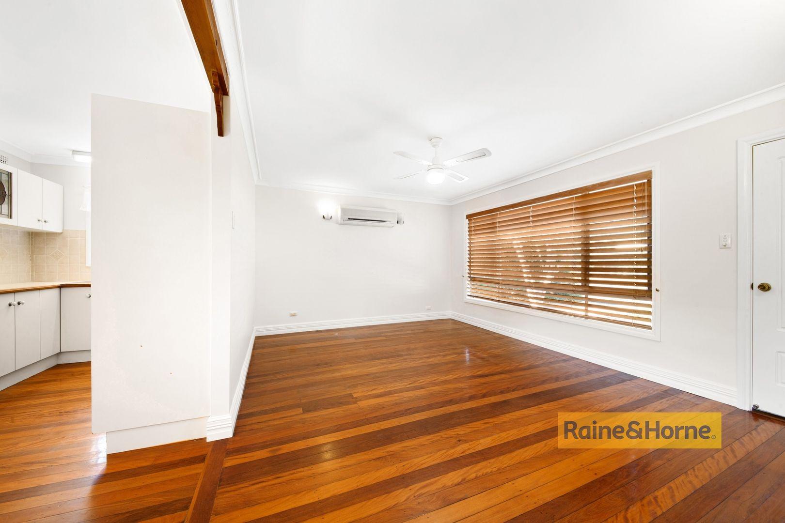 11 Albany Road, Umina Beach NSW 2257, Image 2