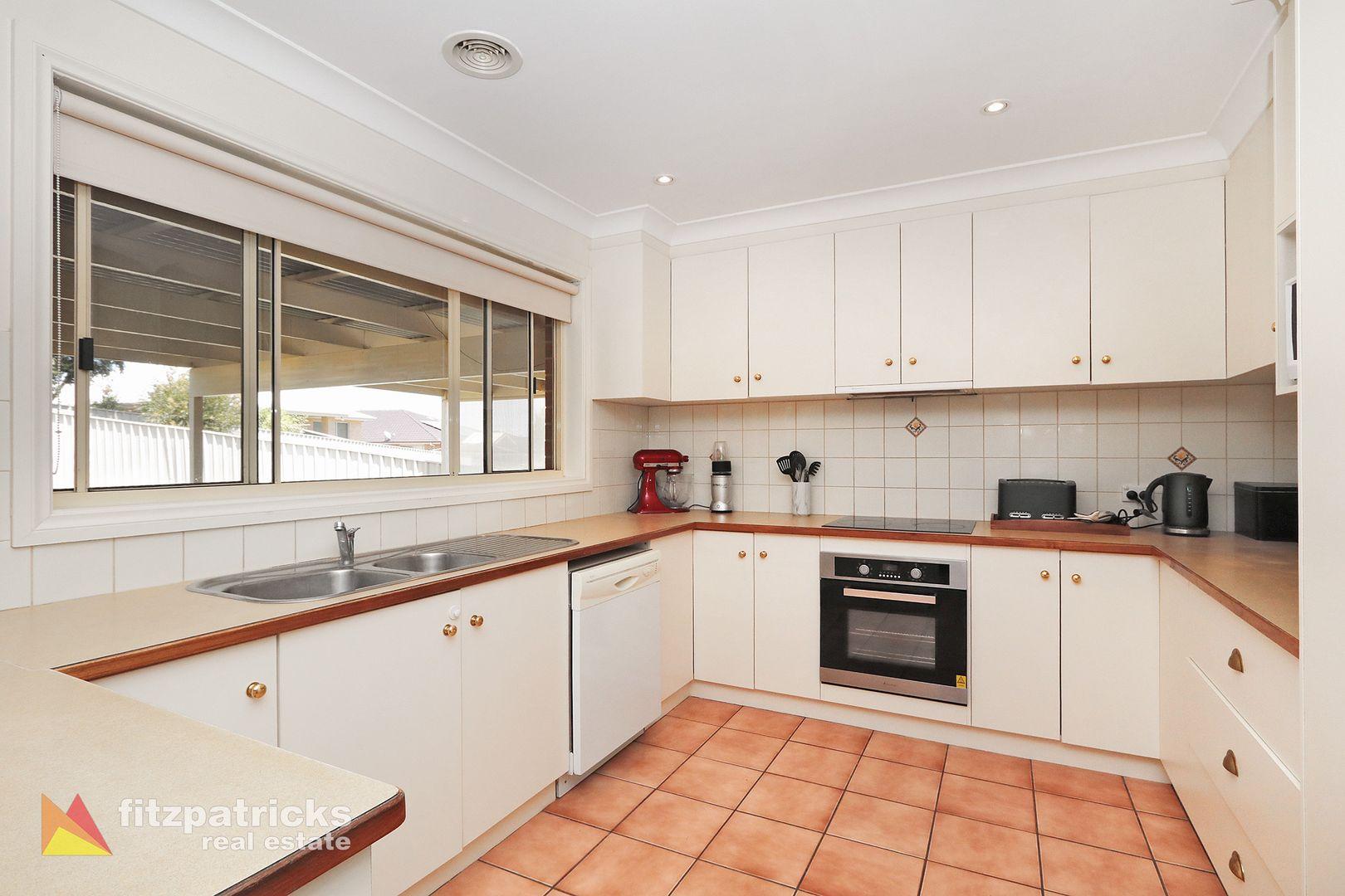 46 Bourkelands Drive, Bourkelands NSW 2650, Image 2