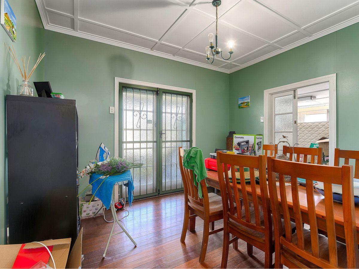 21 Fourteenth Avenue, Kedron QLD 4031, Image 2