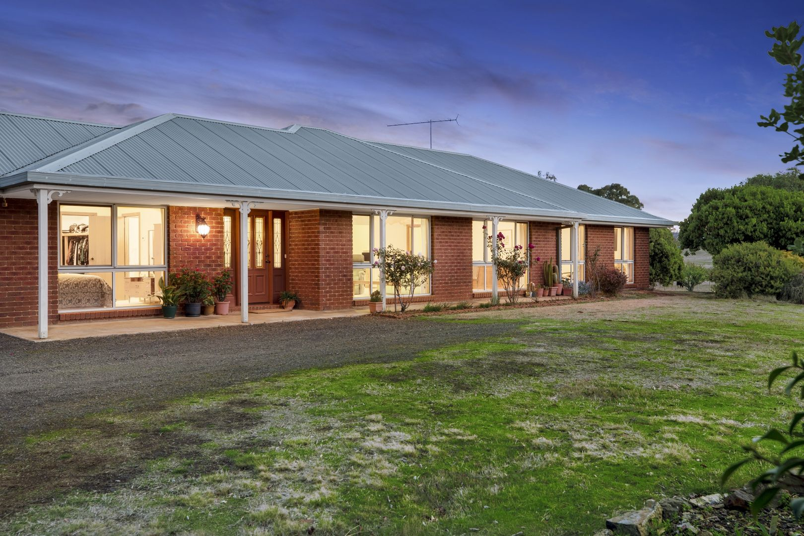 71 Parkview Drive, Lancefield VIC 3435, Image 2
