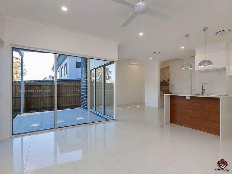 ID:3854913/70 Warringah Street, Everton Park QLD 4053, Image 2