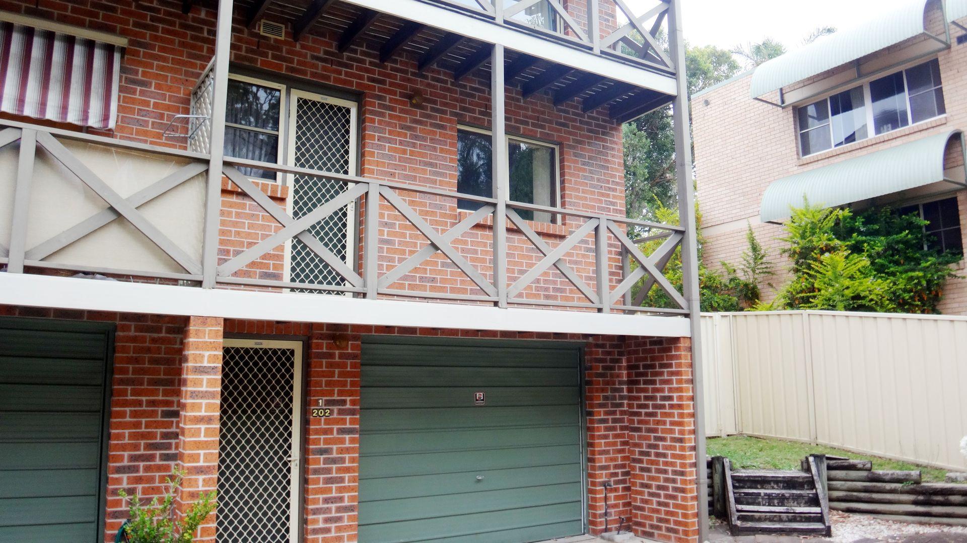 1/202 Brunker Road, Adamstown NSW 2289, Image 0