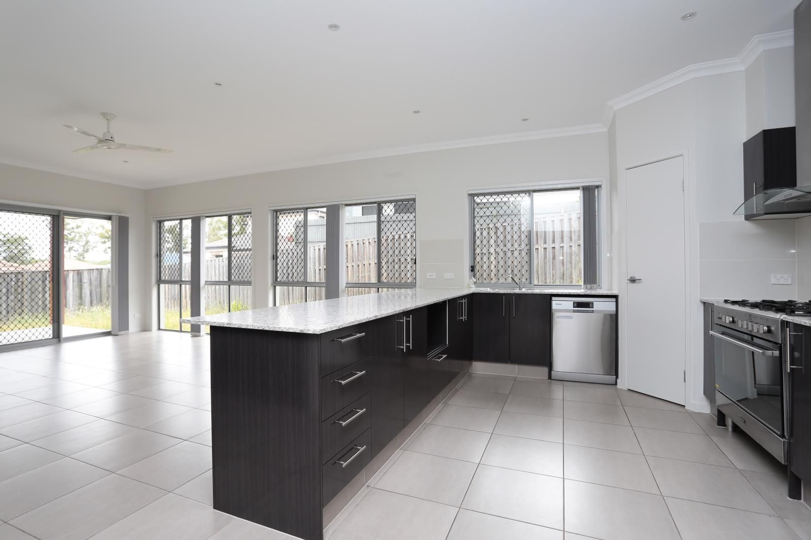37 Anesbury Street, Doolandella QLD 4077, Image 0