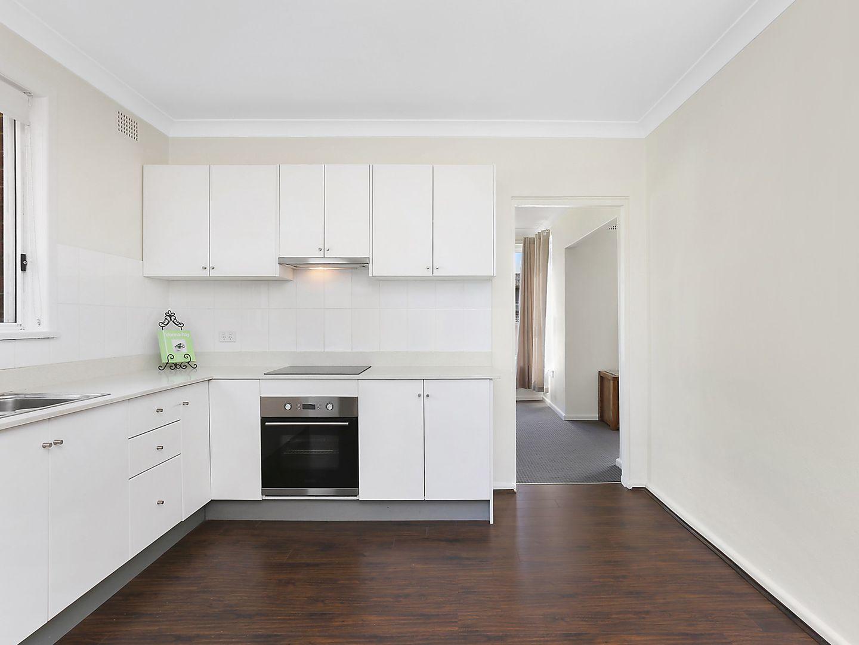 12 Lynwood Street, Blakehurst NSW 2221, Image 1