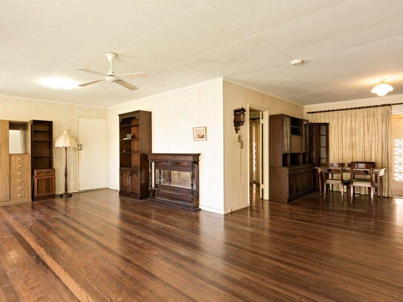 8 Belnoel Street, Wavell Heights QLD 4012, Image 2