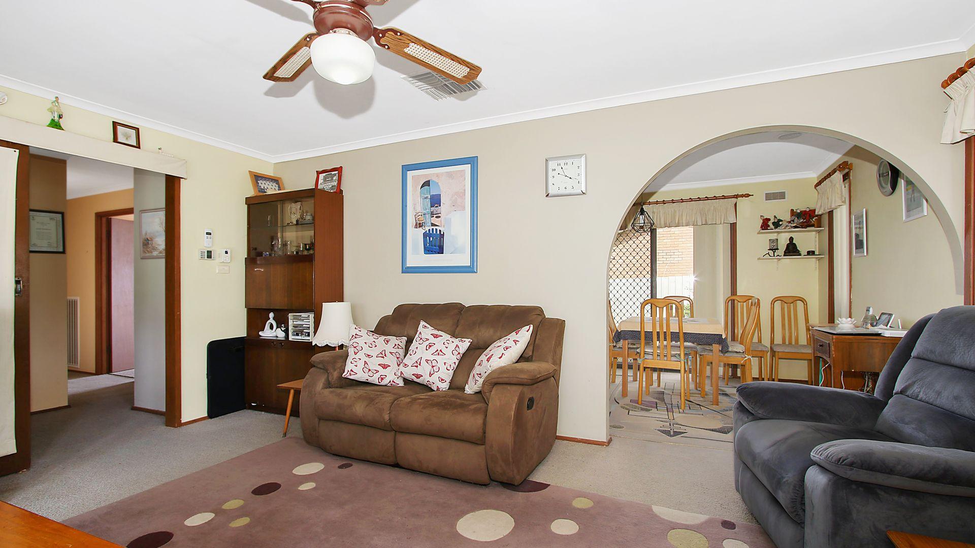 33 Pell Street, Howlong NSW 2643, Image 1