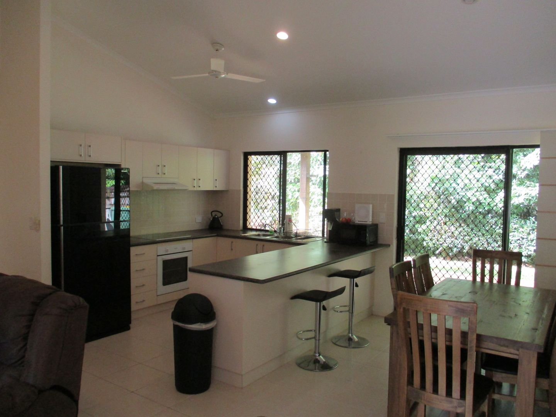 2/17 Sanctuary Avenue, Jubilee Pocket QLD 4802, Image 2