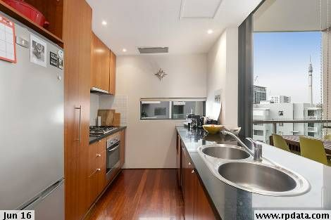 23/40 Boundary Street, South Brisbane QLD 4101, Image 2