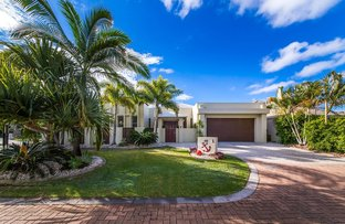 1 Toombra Lane, Twin Waters QLD 4564