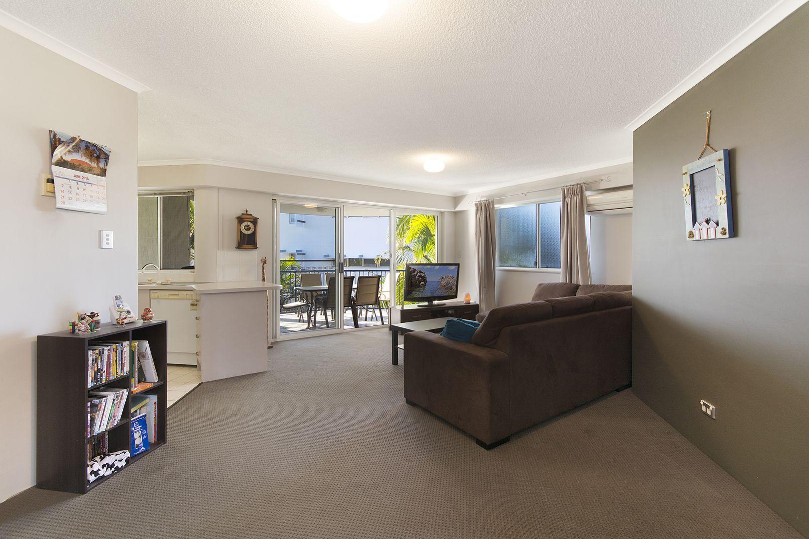 8/11 Foote Street, Mooloolaba QLD 4557, Image 2