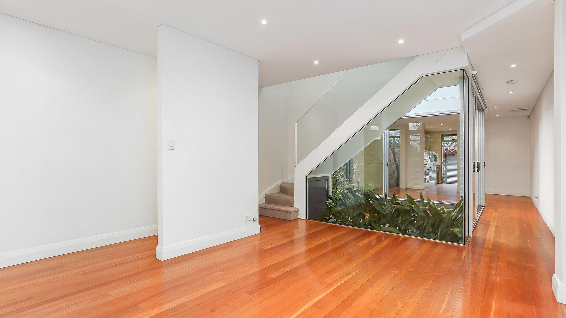 68A Chelmsford Street, Newtown NSW 2042, Image 2