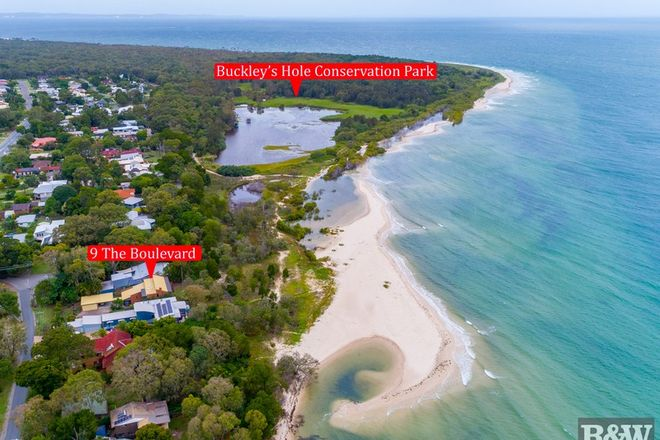 Picture of 9 The Boulevarde, BONGAREE QLD 4507