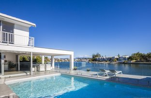 Picture of 52 Sophie Avenue, Broadbeach Waters QLD 4218