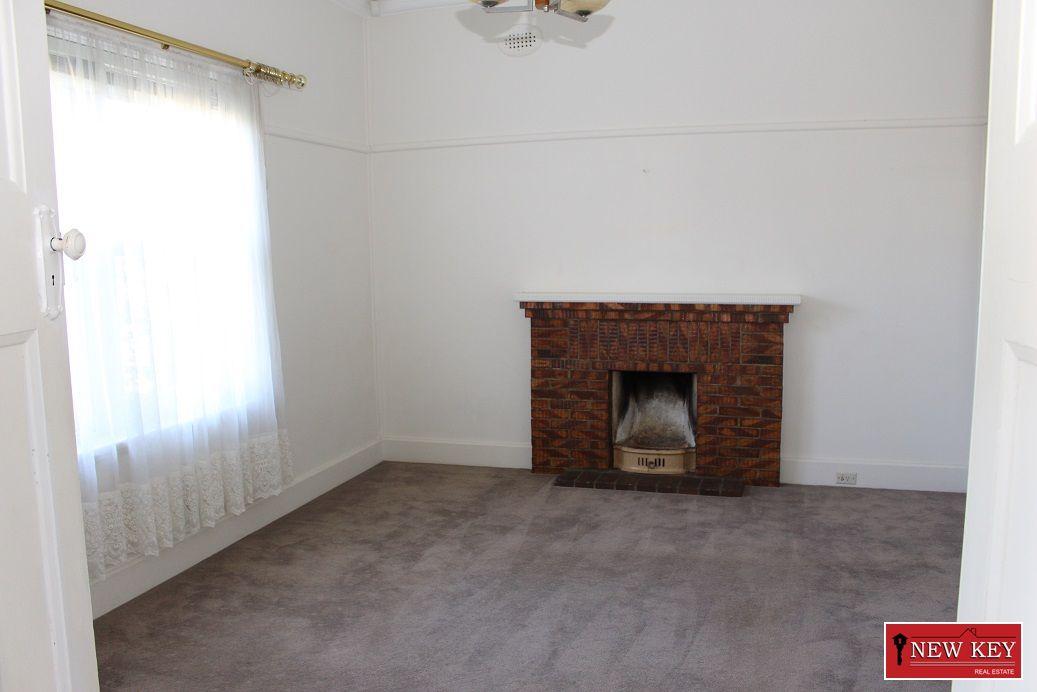 41 Carnarvon Road, Strathmore VIC 3041, Image 1
