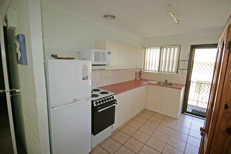 11/4 Boronia Avenue, Pottsville NSW 2489, Image 2