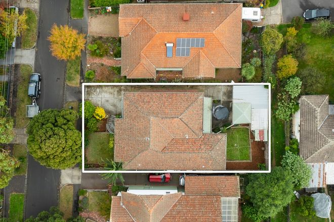 Picture of 16 Anderson Street, SURREY HILLS VIC 3127