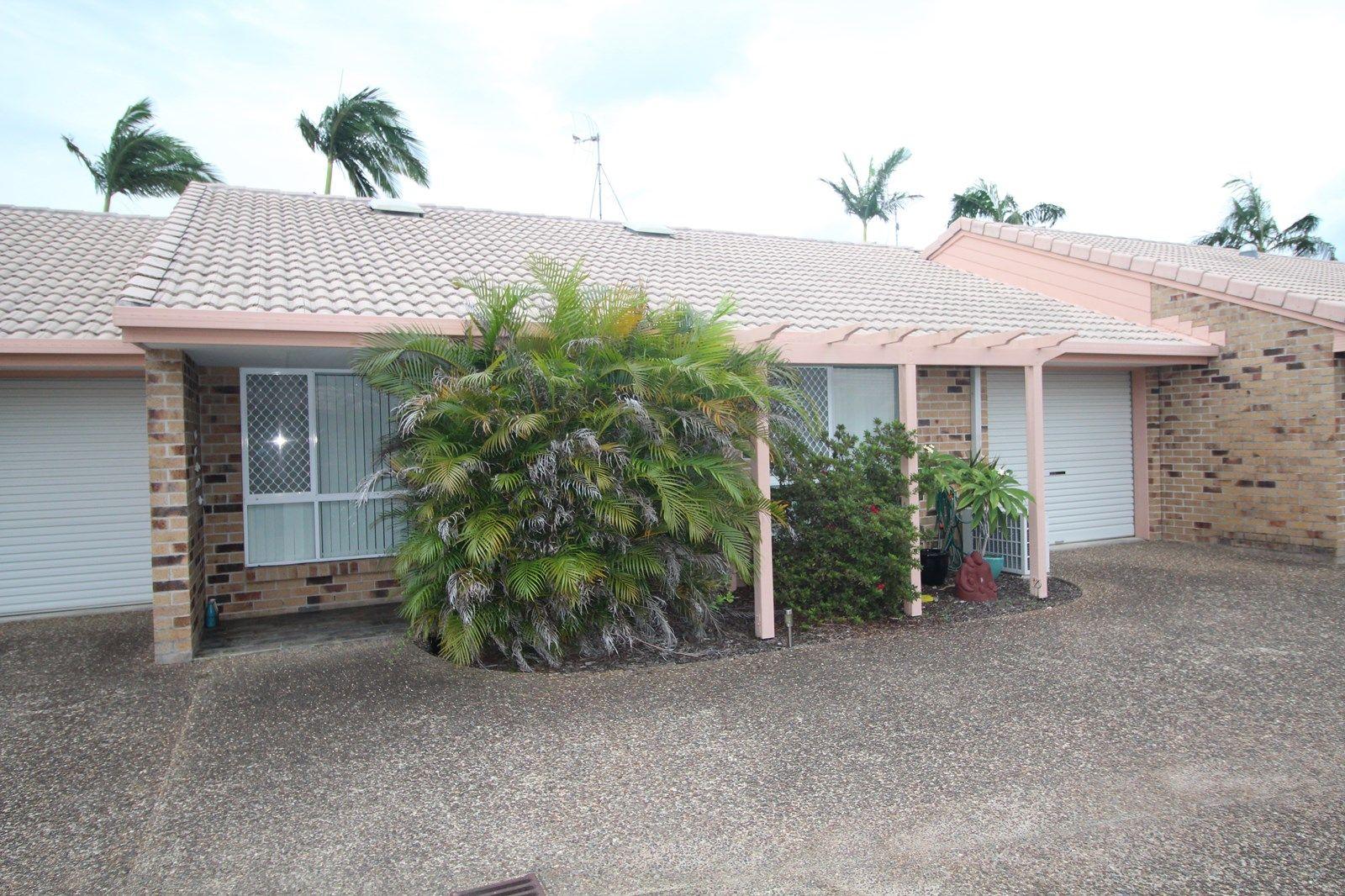2/174 Cypress Street, Urangan QLD 4655, Image 1