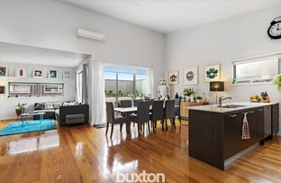 Picture of 1 Silverbanks Grove, Mentone VIC 3194
