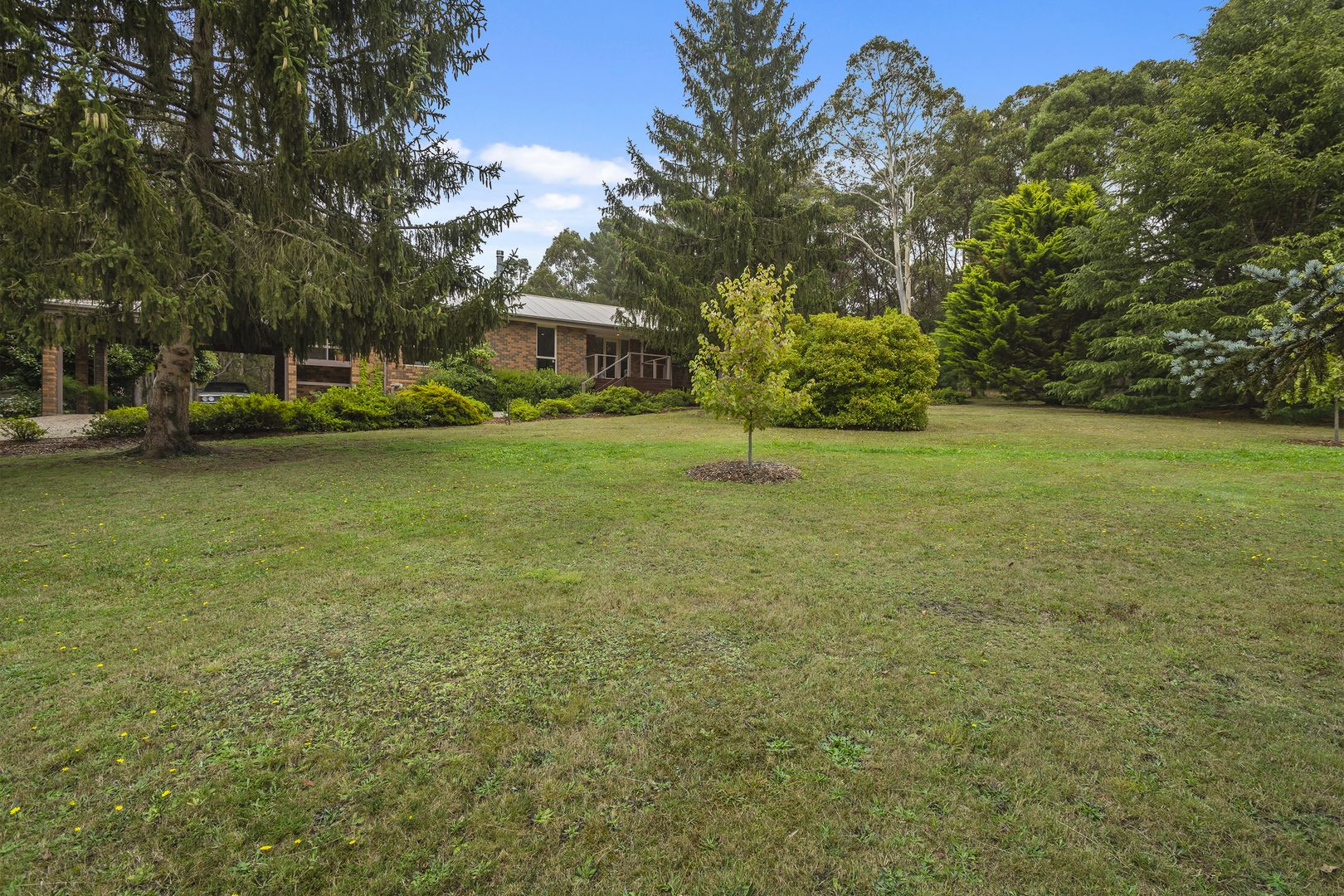 28 Royle Court, Woodend VIC 3442, Image 0