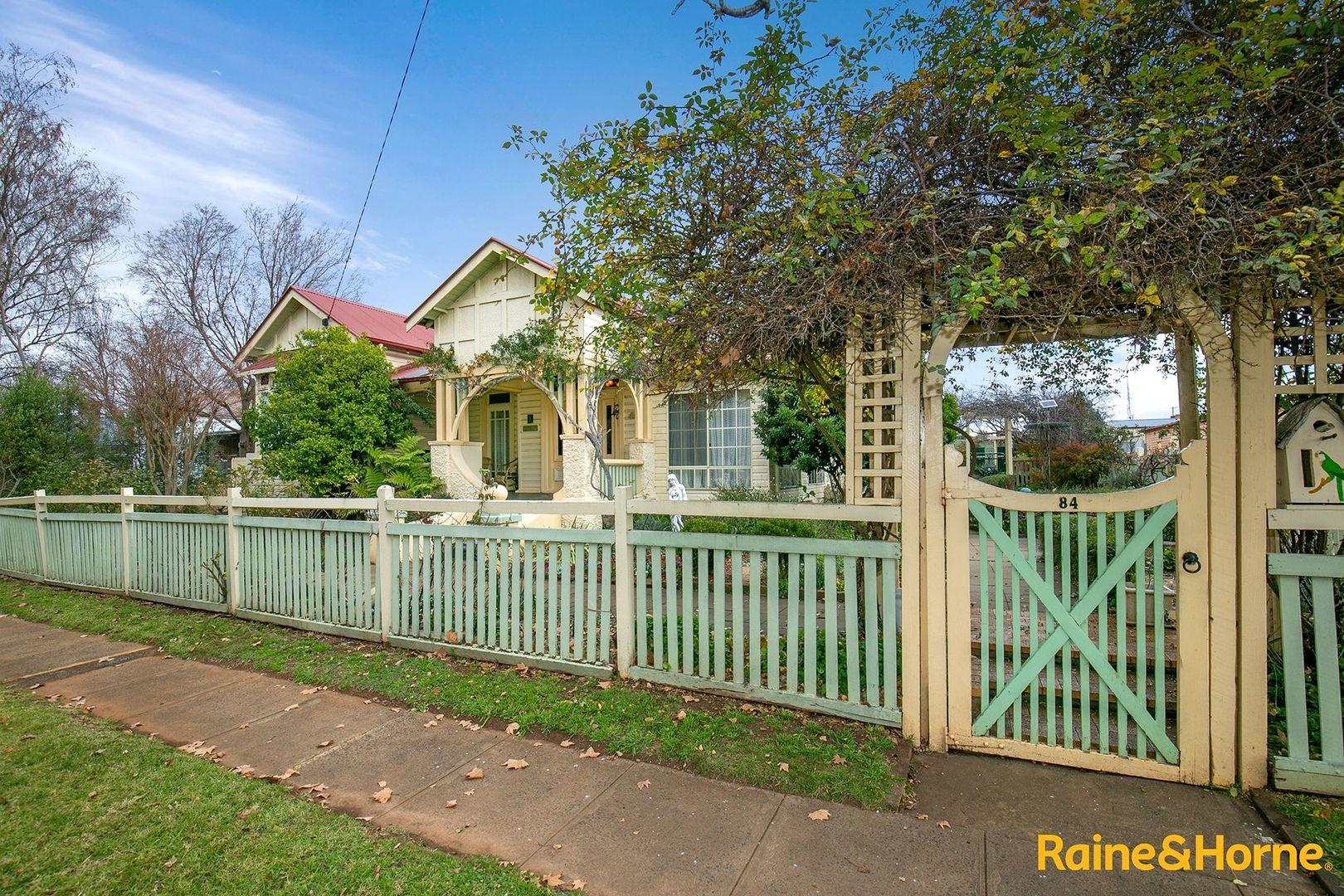 84 West Avenue, Glen Innes NSW 2370, Image 1