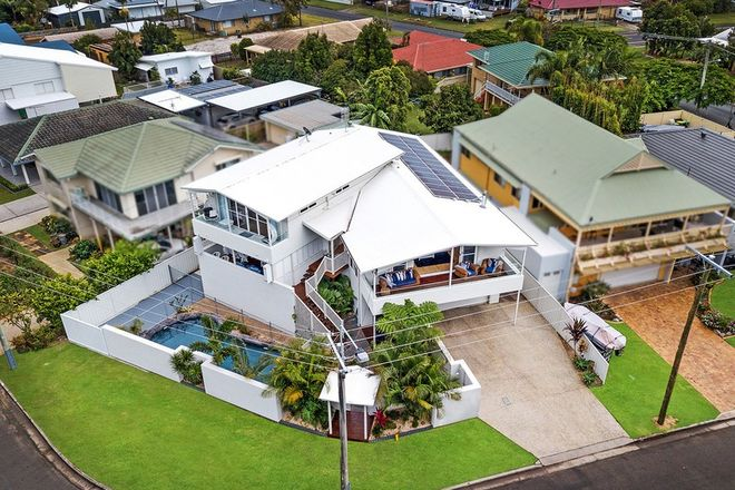 Picture of 180 Esplanade, GOLDEN BEACH QLD 4551