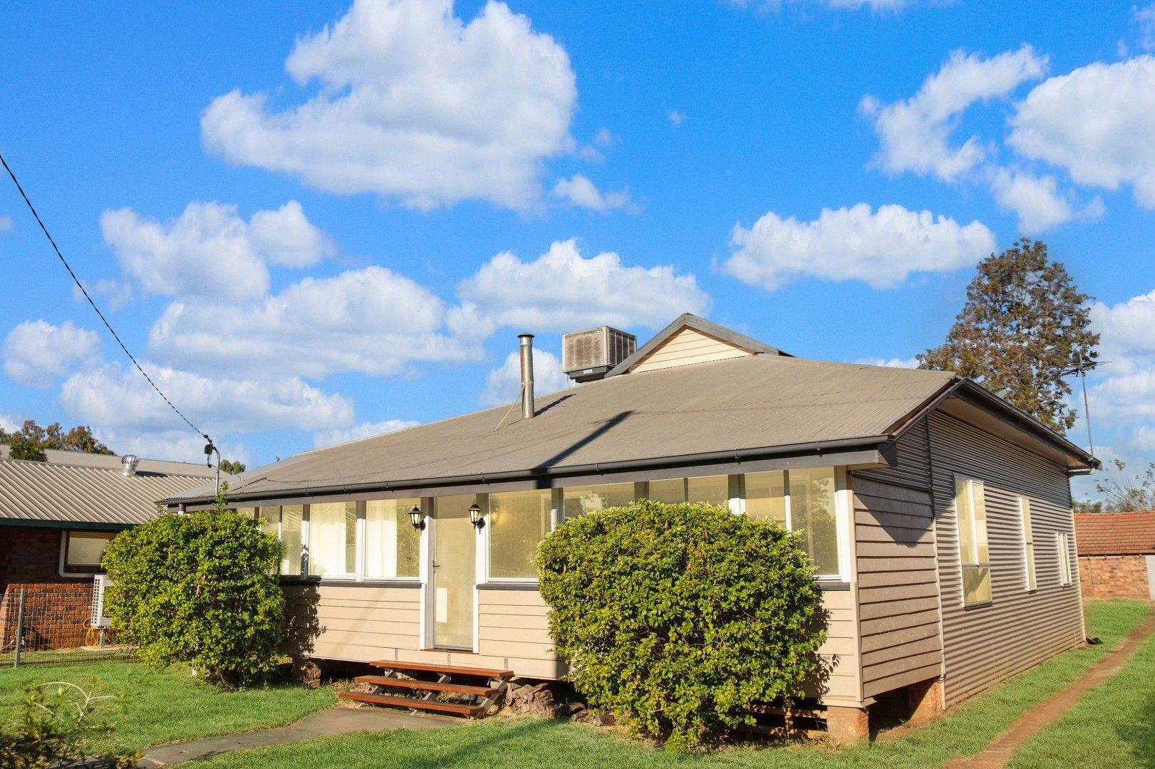 174 Parry Street, Charleville QLD 4470, Image 2