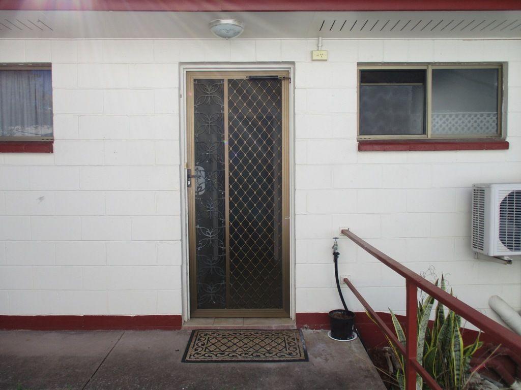 Unit 3/4 Arthur St, Boyne Island QLD 4680, Image 1