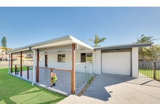 Picture of 1 Davidson Street, Cooee Bay QLD 4703