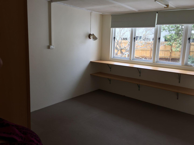 21 dennis street, Indooroopilly QLD 4068, Image 2