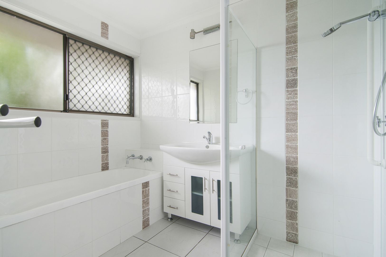 40 Straight Drive, Browns Plains QLD 4118, Image 2