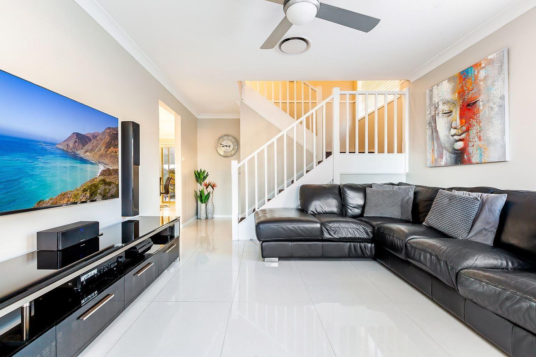 35 Yellowgum Avenue, Rouse Hill NSW 2155, Image 1