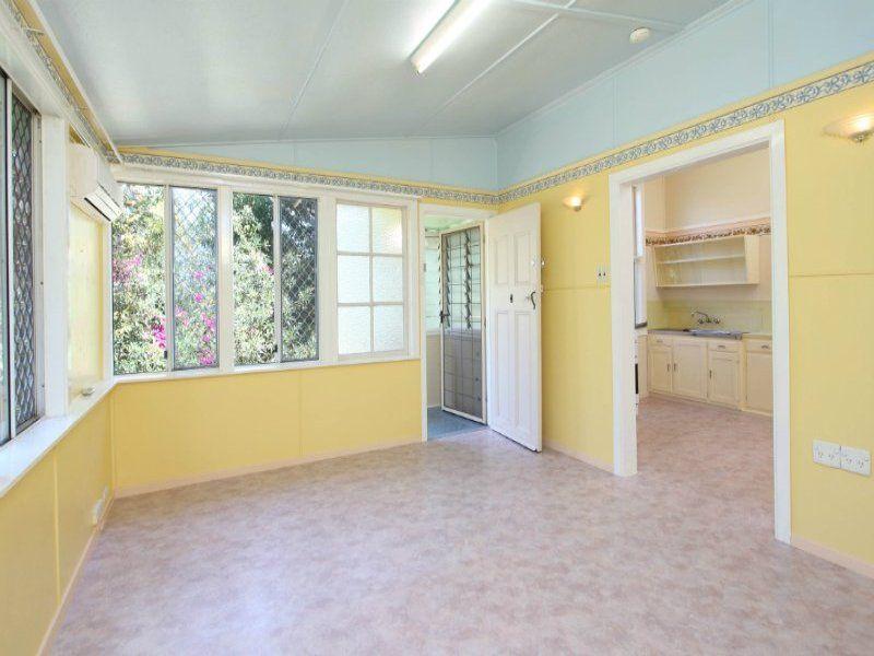 4/173 Chatsworth Street, Coorparoo QLD 4151, Image 2