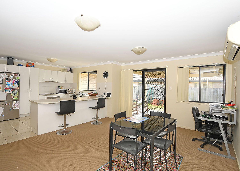 18 Bayridge Heights Drive, Nikenbah QLD 4655, Image 2