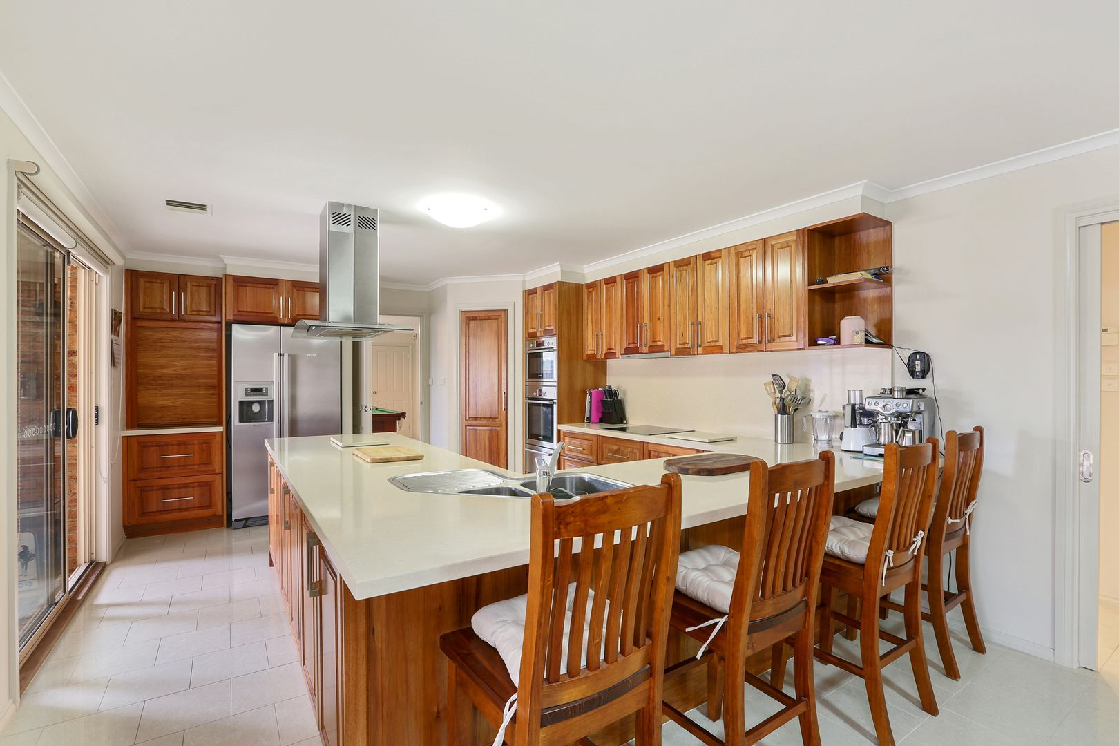 4 Cowan Court, Lovely Banks VIC 3213, Image 2
