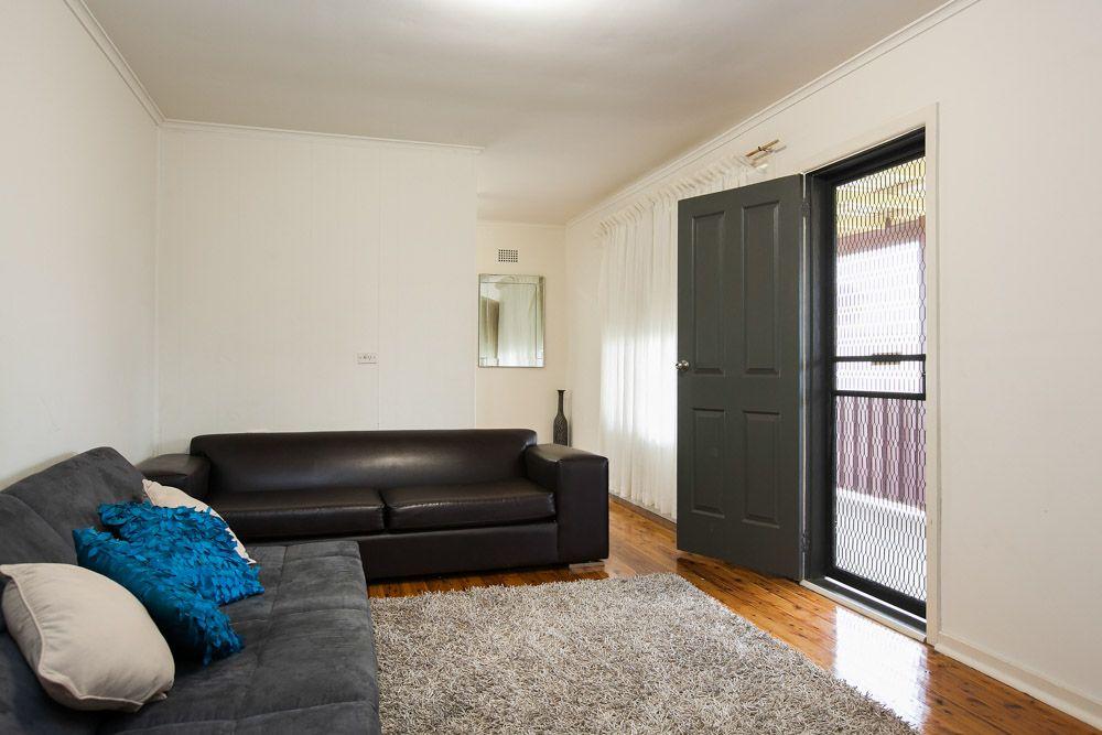 1 Elouera Street, Lake Illawarra NSW 2528, Image 3