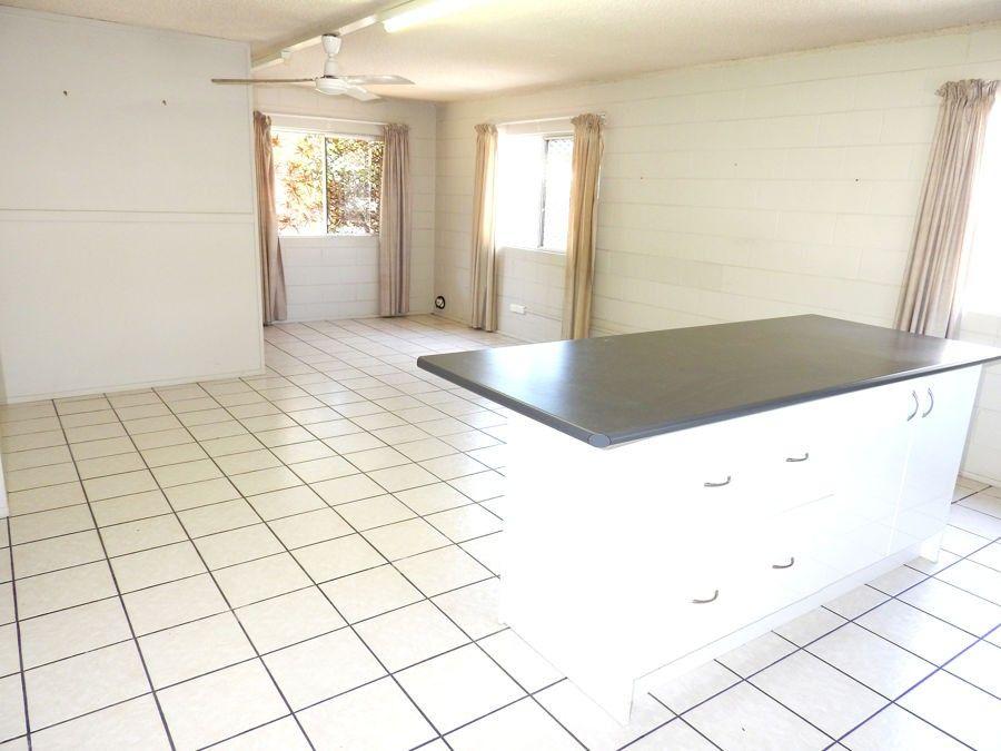 28A Rose Street, North Ward QLD 4810, Image 2