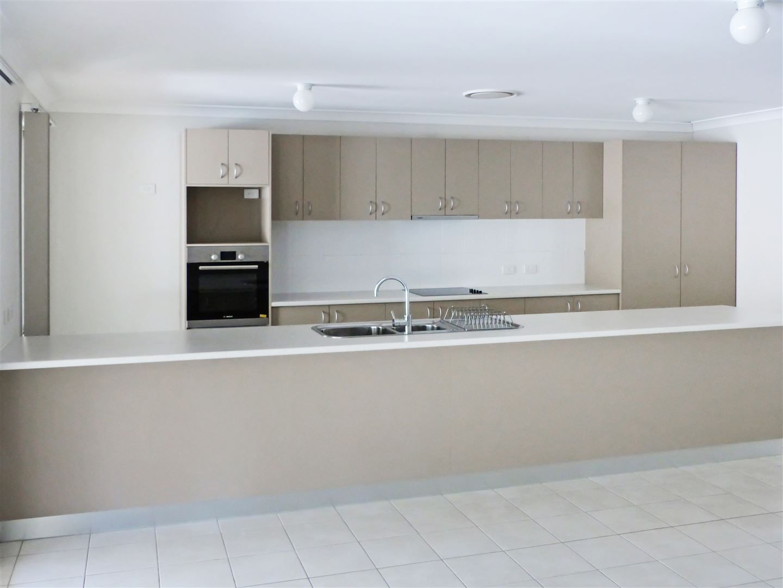 28A Bridge Street, Taroom QLD 4420, Image 1