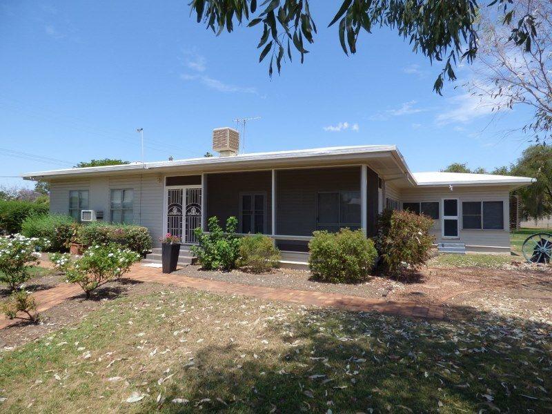 43-45 Victoria Street, St George QLD 4487, Image 0