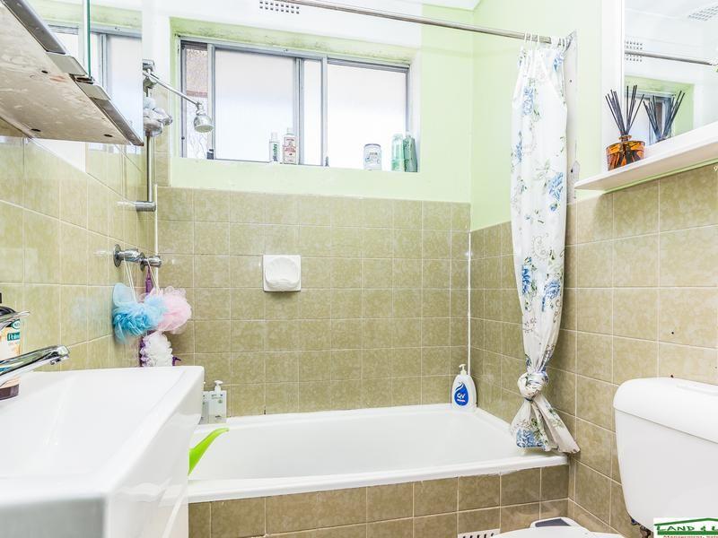 16/40 Fairmount st, Lakemba NSW 2195, Image 2
