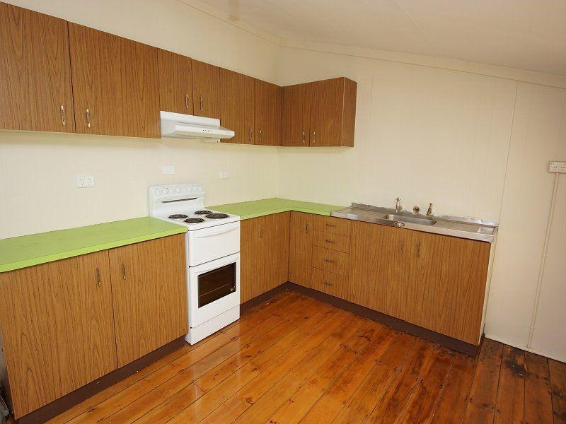 41 York Street, Oakey QLD 4401, Image 2