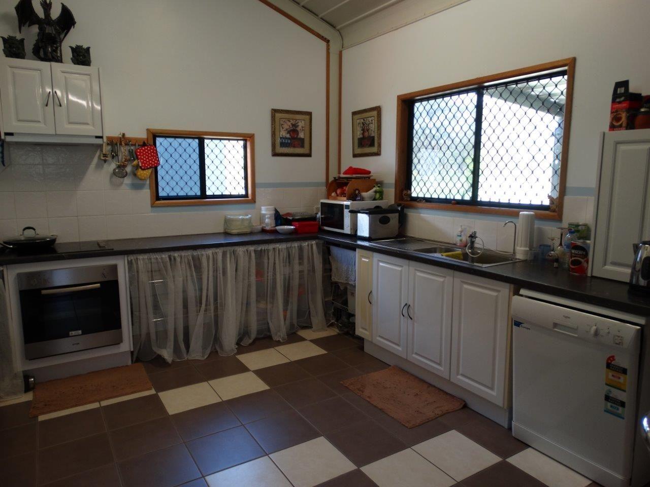 1420 Tableland Road, Mount Maria QLD 4674, Image 1
