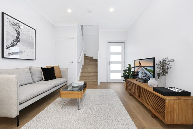 Picture of 5/7-9 Werrang  Street, ALBION PARK RAIL NSW 2527