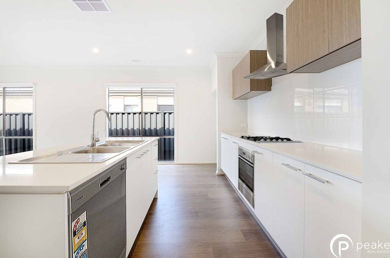 8 Rotary Street, Clyde VIC 3978, Image 1