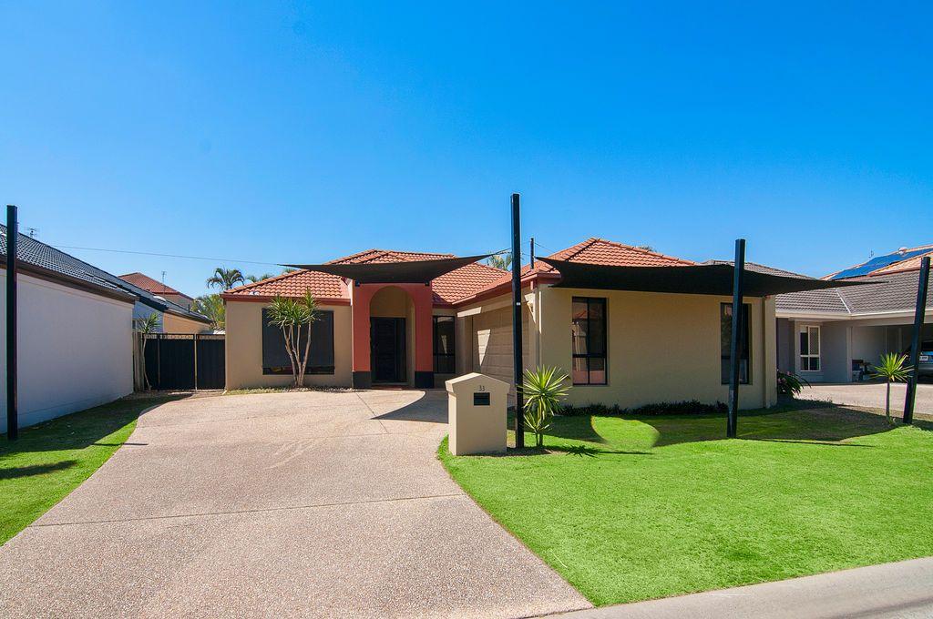 33 Ken Crescent, Helensvale QLD 4212, Image 0